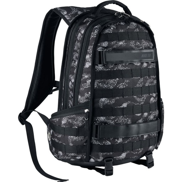 74939d339a4a Nike SB RPM Graphic Print Backpack. M 5ac3c80e2c705d4aed1a47d9
